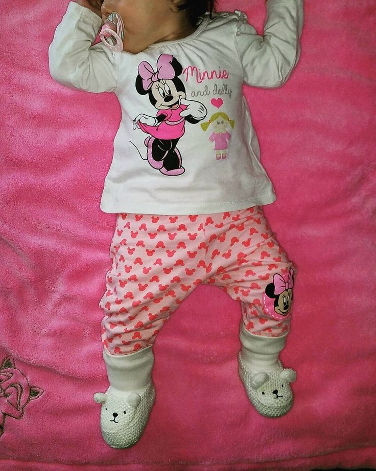 Guten Morgen   #sonntag #sunday #ootd  #bootd #outfit #clothes #minnie #minniemouse #micky #hundm #baby #babygirl #oktoberbaby #oktobermama #nuk #abnehmen #abnehmen2016 #diät #gesund #gesundabnehmen #healthy #food #fooddiary #instafood #instapic #lowcarb #weightloss #eatclean #diary #home #instafood by raffaella_ca