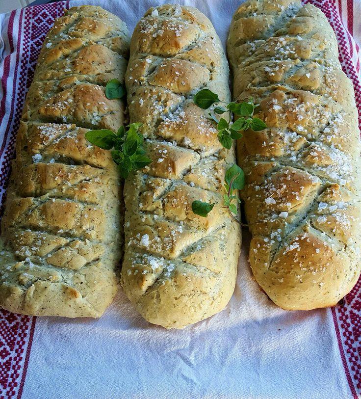 INNEHOLDER PRODUKTPLASSERING Urtebrød: 1 kg møllerens pizzamel 2 ts salt 1 pose tørrgjær 6 s...