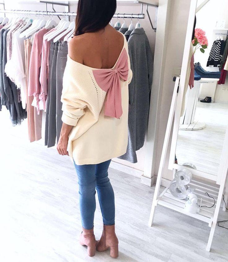 """772 Me gusta, 47 comentarios - Carlota&Co. (@carlotaandco) en Instagram: """"Llega el BOMBAZOde la semana!!!!.Este jersey es una monada, punto de calidad y disponible en…"""""""