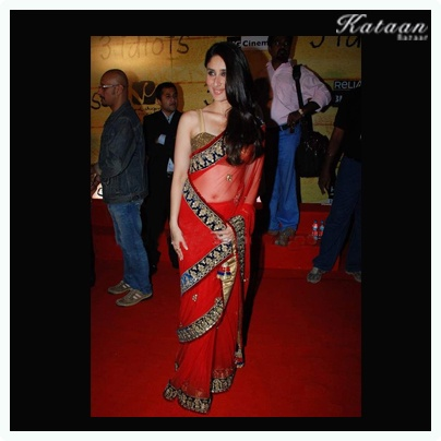 #Kareena in a RED hot saree