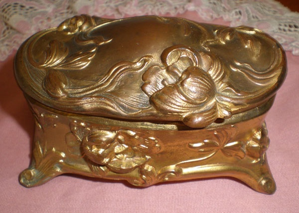 34 best Art Nouveau Jewelry Caskets images on Pinterest Art