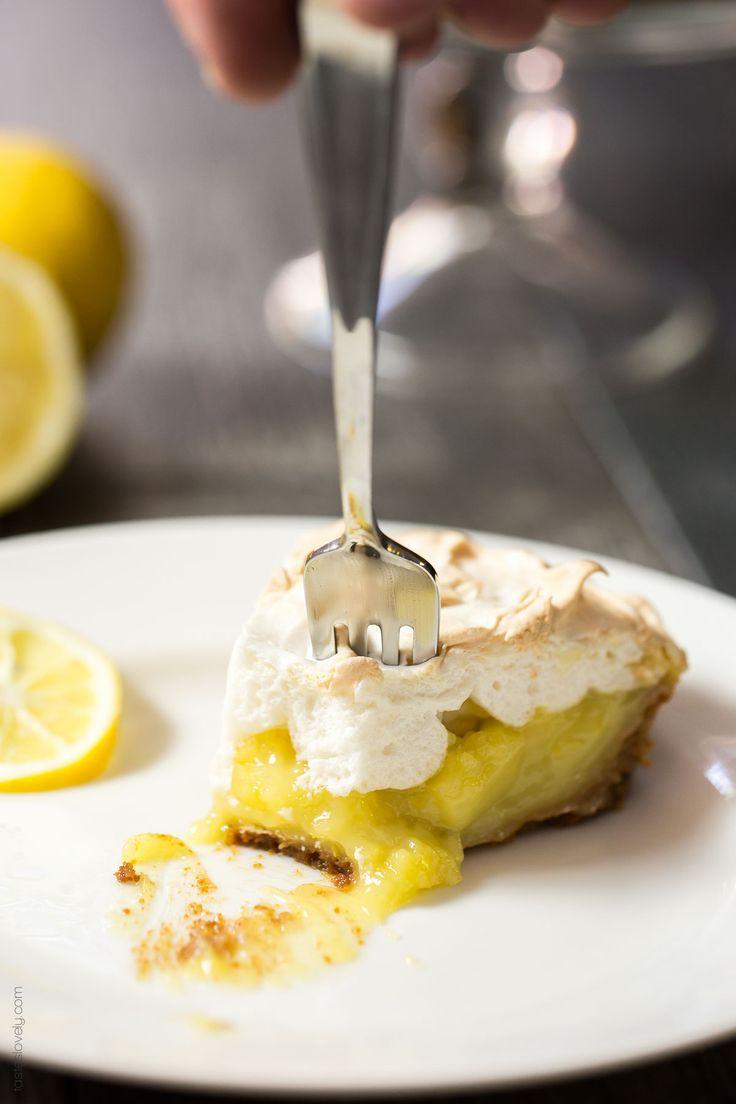 17 best images about lemon sweet on pinterest lemon for Lemon meringue pie with graham cracker crust