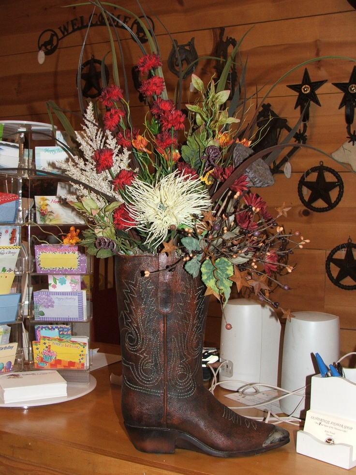 1000 Ideas About Cowboy Boot Centerpieces On Pinterest