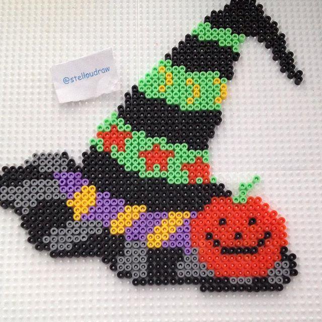 Halloween perler beads by stelloudraw - Pattern: https://www.pinterest.com/pin/374291419010822946/
