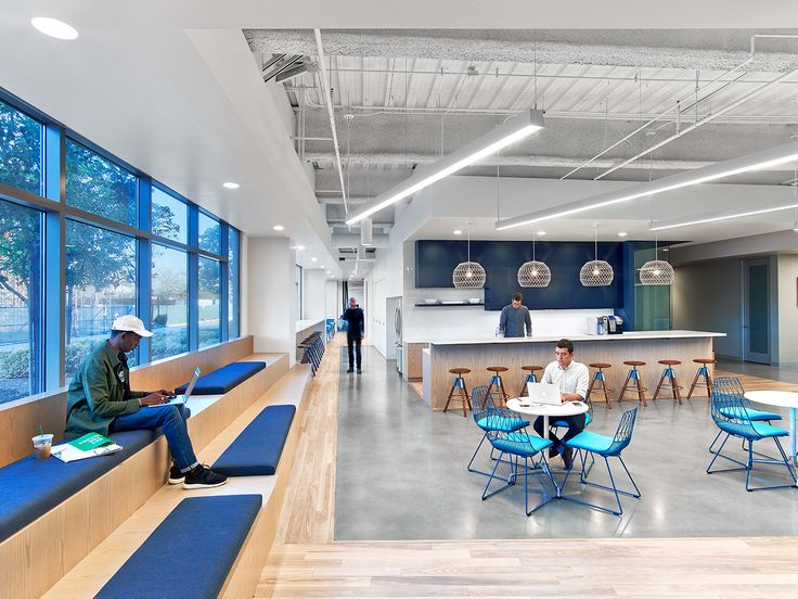Fullscreen, a global media startup that empowers popular YouTube channels and networks turned again to Rapt Studio, to design an expansion of their offices in Los Angeles to support the agile nature ... Read More