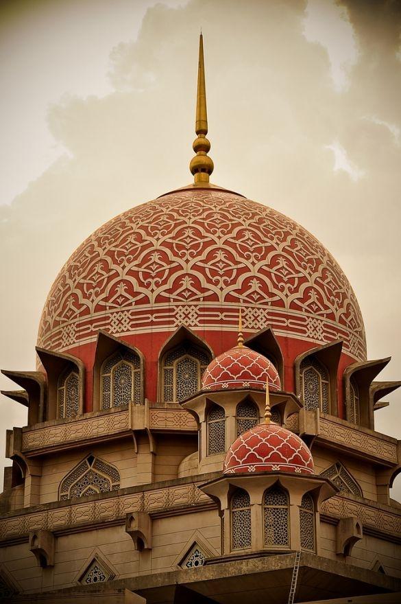 Masjid Putra Dome Detail   Putrajaya, Malaysia