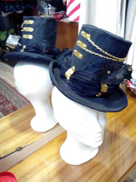 Steampunk tophat by Ozmonda #OzmondaHatGallery #steampunk #tophat #millinery #couturehat