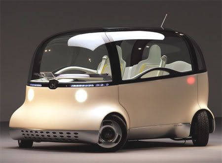 This is the weird-great Honda Puyo. Now what little information I could find tells us that this is a concept car which runs on hydrogen fuel.