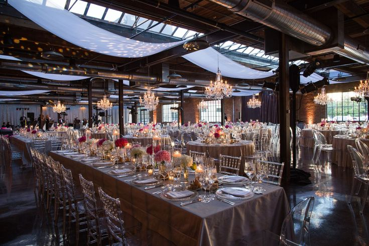 Rustic Glam Wedding Morgan Manufacturing Chicago Decor Table Arrangements Chandelier