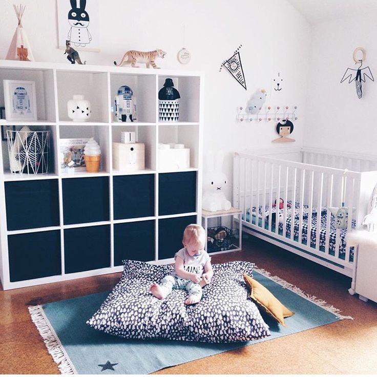 Nursery -kallax black boxes + cork floor love
