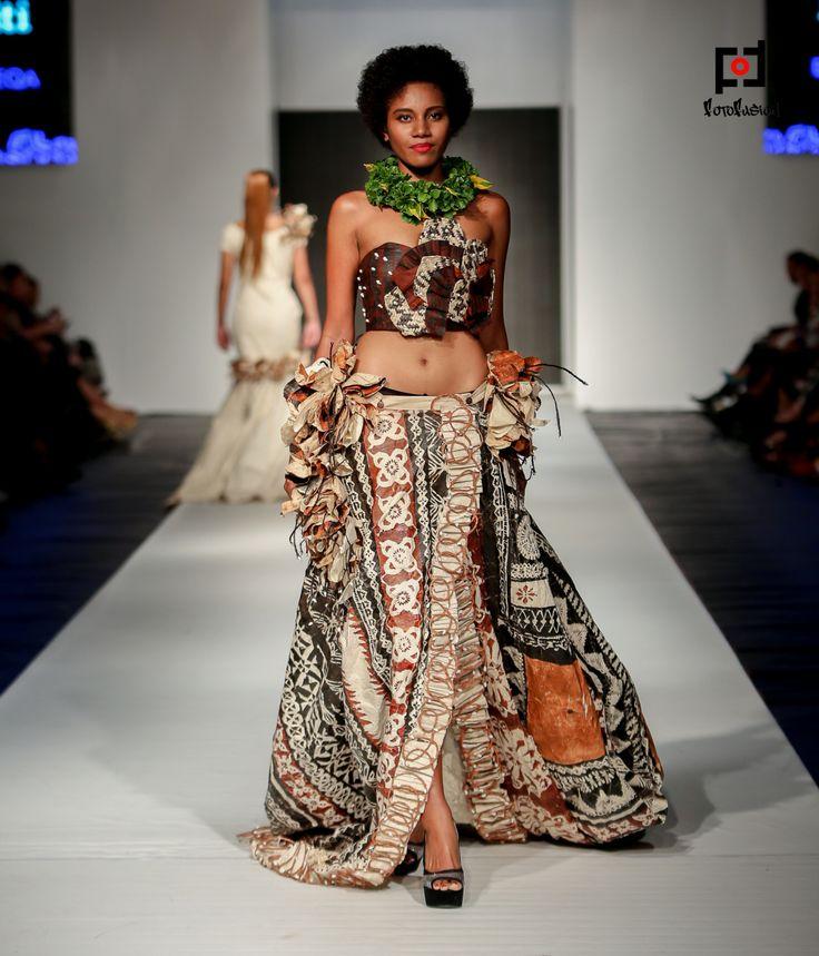 Epeli Tuibeqa Goes Couture Fiji Fashion Week Puletasi Puletaha Designs And Island Prints