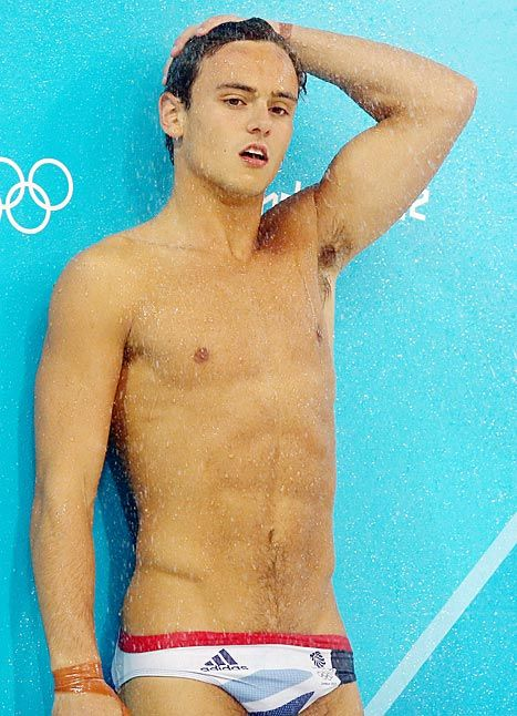 Is tom brady bisexual