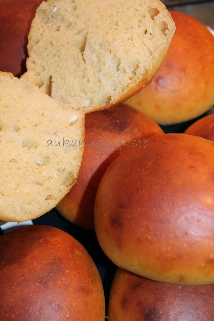 questa è una ricetta presa dal web di Boiasu Lorena, e sono dei panini buonissimi. due tollerati. ricetta per circa 9 panini ...