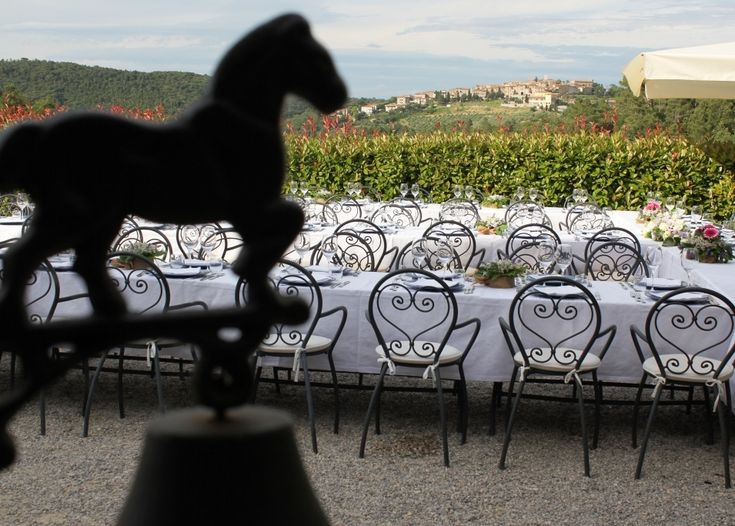 The most beautiful farm wedding ever. Fattoria del Colle is a romantic antique location where every couple can have the wedding of their dreams with three small romantic wedding rites. Here it is a wedding lunch!
