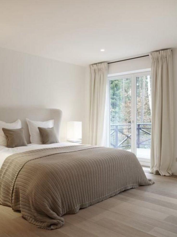 25 beste idee n over taupe muren alleen op pinterest for Verfkleuren slaapkamer
