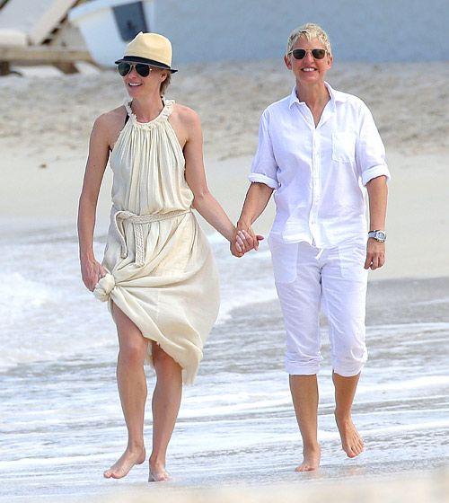 Portia de Rossi and wife Ellen DeGeneres held hands during a romantic stroll at the beach in St. Barth's Dec. 24.