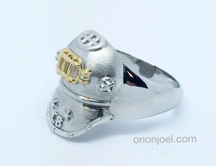Nauti-Cool retro Dive Helmet Ring.