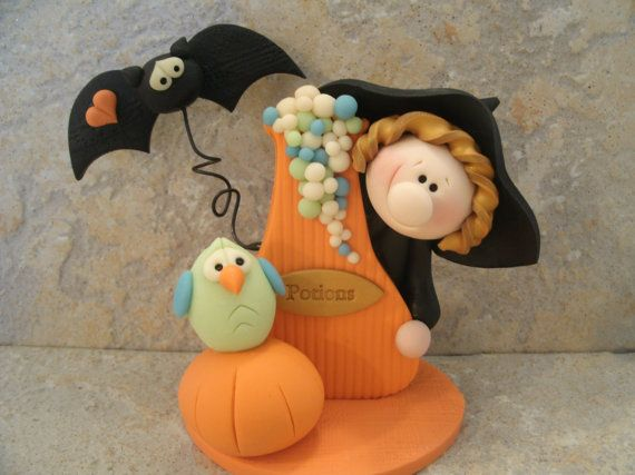 Halloween Witch - Figurine - Glow in the Dark Owl and Bubbles - Pumpkin