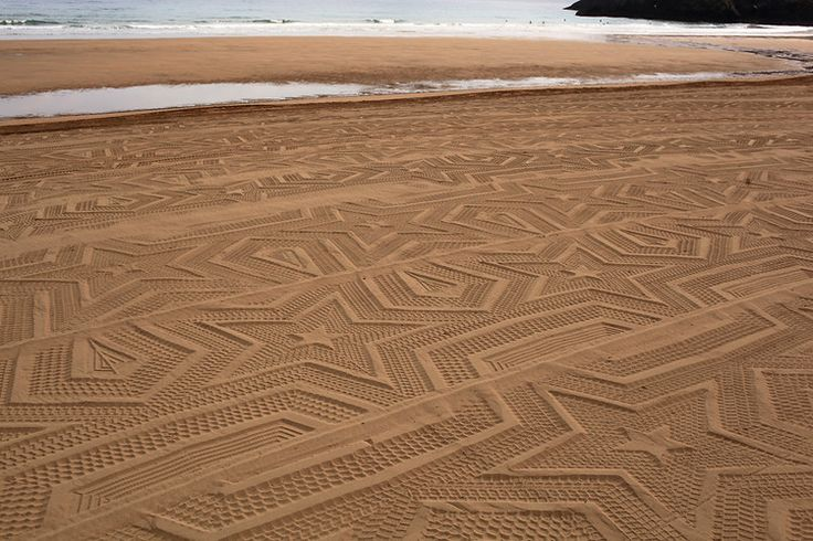 1 | Beach Art That Washes Away With Every High Tide | Co.Design: business + innovation + design: Gunillaklingberg, Signs, Spaces, Stars Patterns, Gunilla Klingberg, Art Installations, Sands Art, Beaches Art, The Beaches