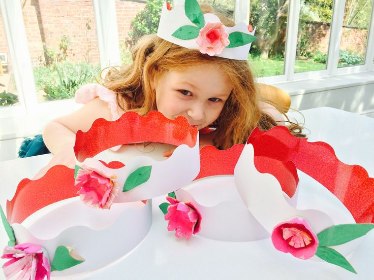 Spring flower crowns using card egg carton boxes paint glue and scissors