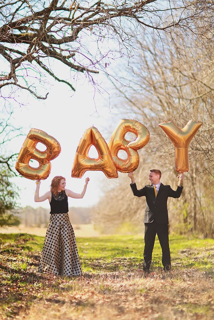 Baby announcement with gold balloons cute
