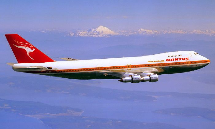 QANTAS Boeing 747-200 (VH-EBA)