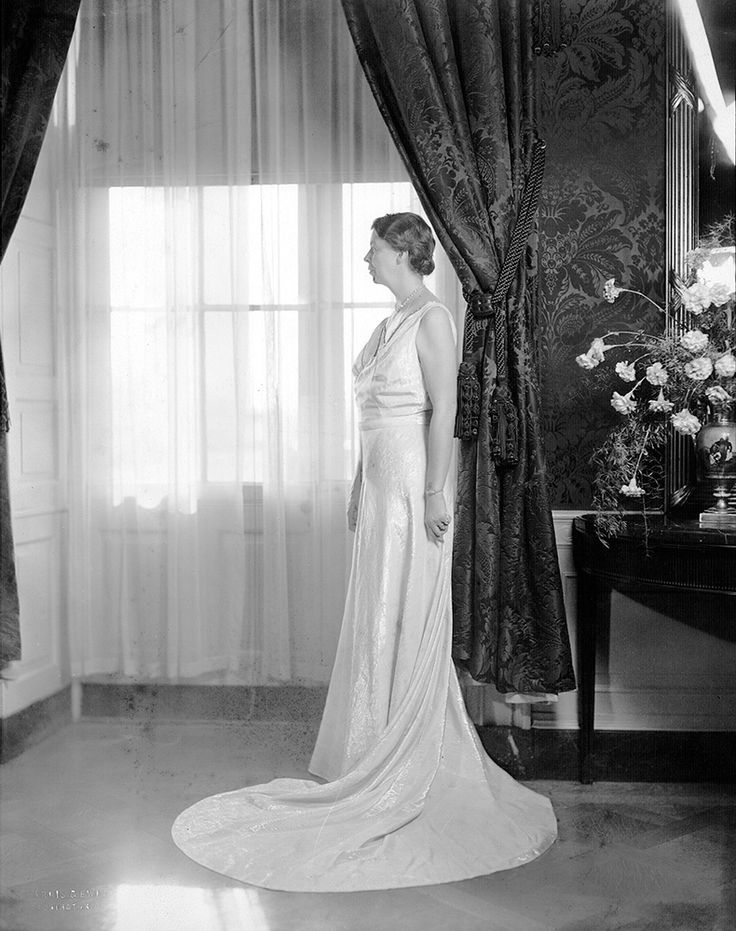 Eleanor Roosevelt Poses In Her Inaugural Gown At The White House Image Courtesy