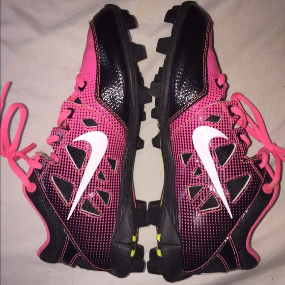 Nike cleats Football cleats, also could be worn as soccer cleats. Not good for softball. Nike Shoes Athletic Shoes