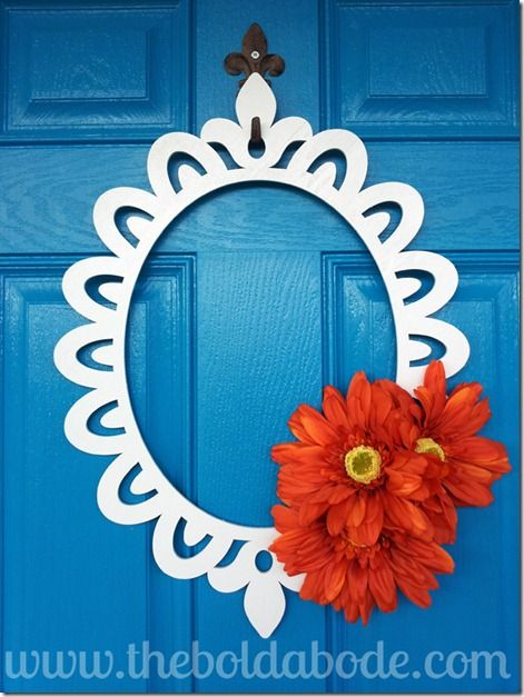 My friend Gwen (aka G-Dawg) is so creative.  Check out this CUTE front door wreath in 30 minutes or less. Easy peasy!