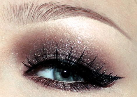 Face of the Day: Cherries topped with Sparkle | NikkieTutorials