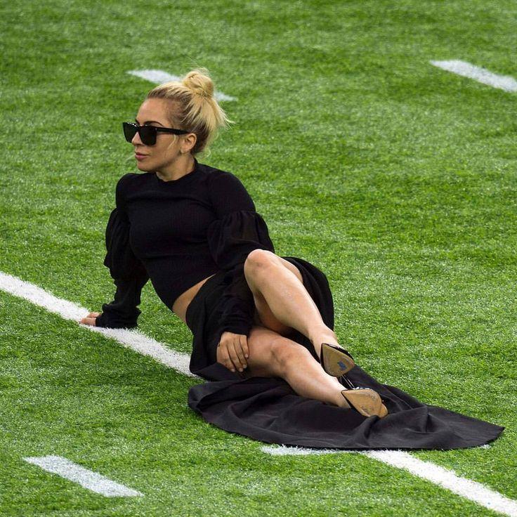 Lady Gaga SB51 ♀️