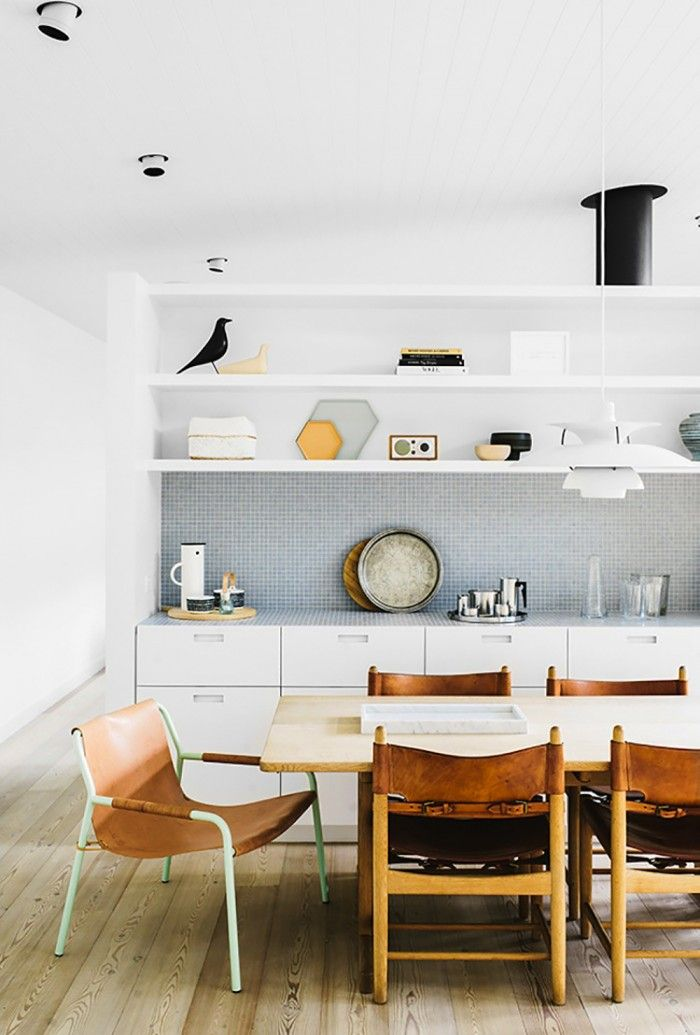 PH 5 pendant lamp by Poul Henningsen from Louis Poulsen and a Børge Mogensen chair no longer in production from Fredericia Furniture | sorrento_beachhouse_daniellawitte_5