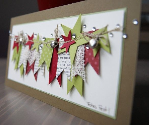 love the clustered, layered banner!Christmas Cards, Cards Ideas, Banners Cards, Christmas Banners, Pennant Banners, Paper Banners, Christmas Decor, Layered Banners, Layered Christmas