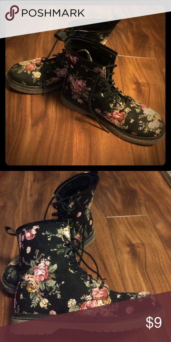 Floral Combat Boots Lace-up black combat boots with floral pattern. Charlotte Russe Shoes Combat & Moto Boots