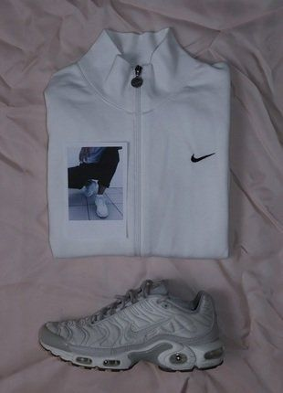Kaufe meinen Artikel bei #Kleiderkreisel http://www.kleiderkreisel.de/damenmode/pullis-and-sweatshirts-sonstiges/137073135-weisse-trainingsjacke-nike-s   #nike #sport #niketn #tn #tnsatin #jacket #training #white