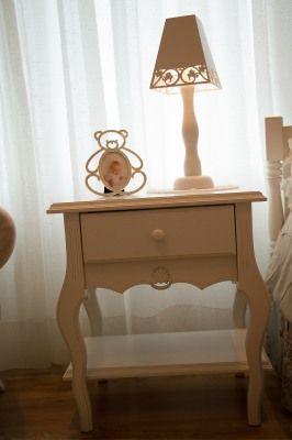 escrivaninha provençal para quarto de bebê