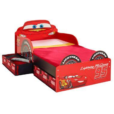 Disney Cars bed met lades  Slaap heerlijk en droom over spannende autoraces op dit stoere bed van Disney Cars. Dit bedje heeft praktische zijpanelen en opberglades.  EUR 194.99  Meer informatie
