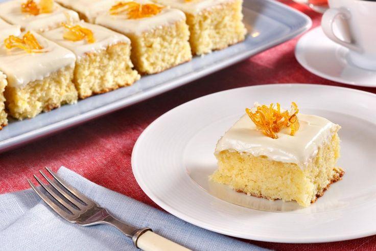 En nydelig kake som kjapt lages i langpanne.Kilde: Opplysningskontoret for Meieriprodukter. Foto: Opplysningskontoret for Meieriprodukter/Mari Svenningsen