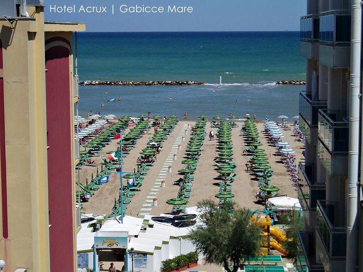 """Diego, nostro cliente, ha lasciato una recensione su tripadvisor.it accompagnata da questa foto: """"Pienamenti soddisfatti!""""   www.hotelacrux.com #gabicce #mare #estate #hotelacrux"""