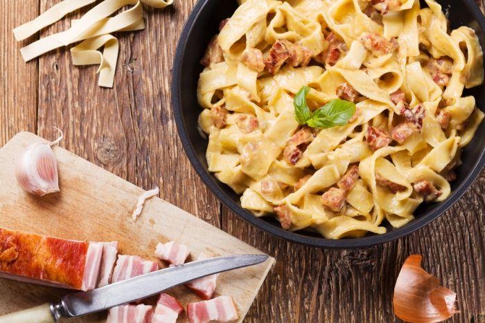 Mid Week Meal: Pasta Carbonara with Leek