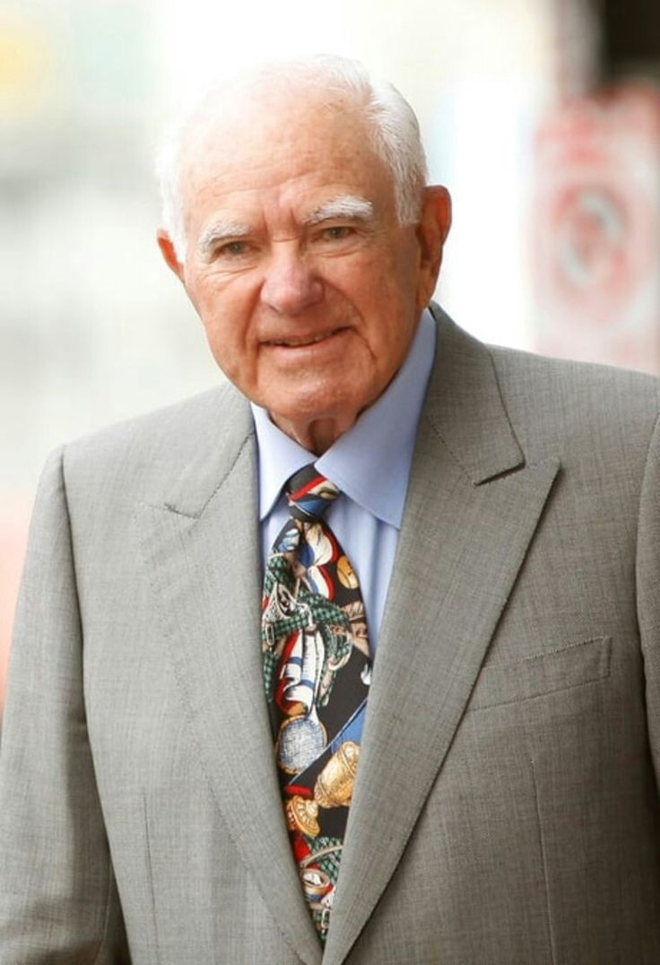 Judge Joseph A. Wapner, famed judge of his own reality show, The People's Court died at 97 yrs of age from natural causes. His show ran for 12 years and paved the way for other famous tv judges, like Judge Judy and Judge Joe Brown.