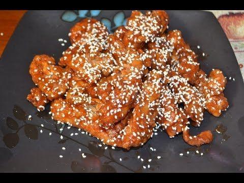 Pollo a la ajonjoli - comida china. Sesame Chicken