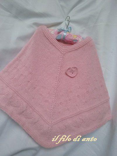 Poncho rosa con cuori