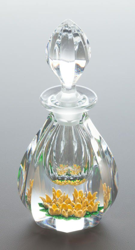 A ST. LOUIS CASED GLASS PERFUME BOTTLE WITH STOP