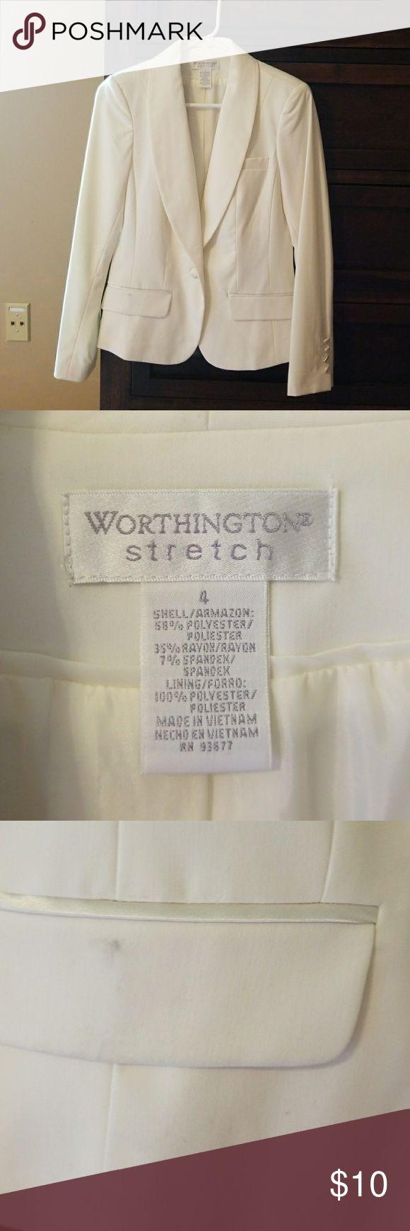 Suit Jacket, Worthington Stretch, ivory Women's suit jacket, ivory, good condition, small mark on pocket, size 4, smoke free home Worthington Jackets & Coats Blazers