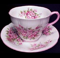 Royal Albert - Blossom Time Series - Apple Blossom