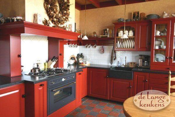 25 beste idee n over rode landelijke keukens op pinterest rode keukenkastjes en gele - Keuken rode en grijze muur ...