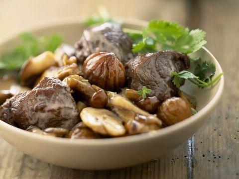 Heerlijk met kastanjes en champignons