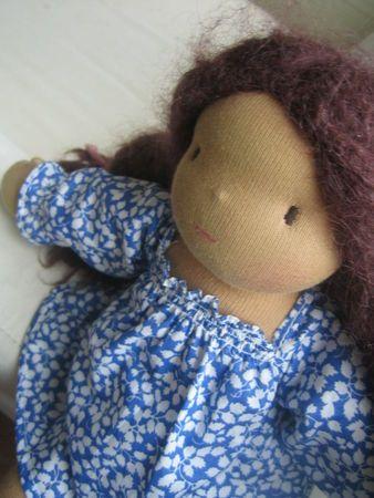 Robe d'été à smocks pour poupée 32 cm