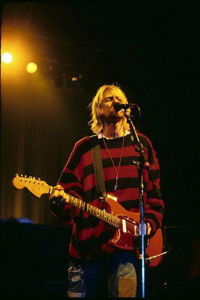Kurt Cobain at Roseland Ballroom (New Music Seminar), New ...  Grunge